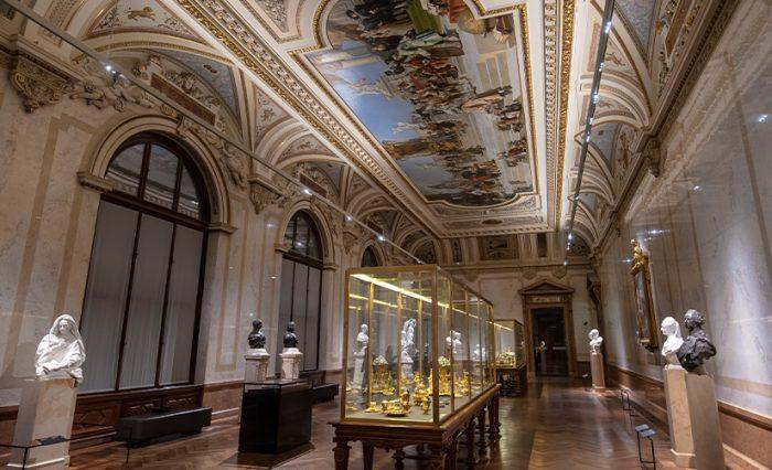 STIRE - Muzeu 7
