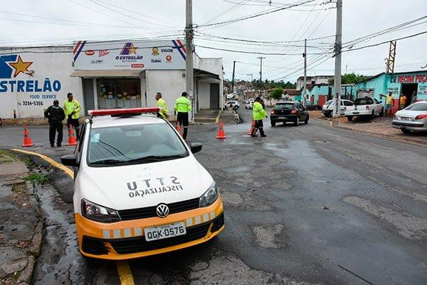 Obras do Gancho de Igapó são iniciadas e trânsito é modificado