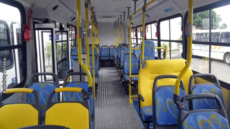 Produção de ônibus registrou retração de 26,5% em 2020