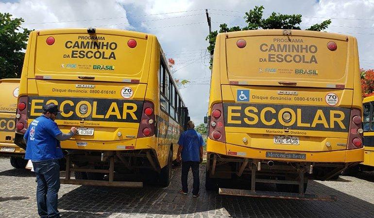 Detran alerta que ônibus escolares devem passar por duas vistorias anuais
