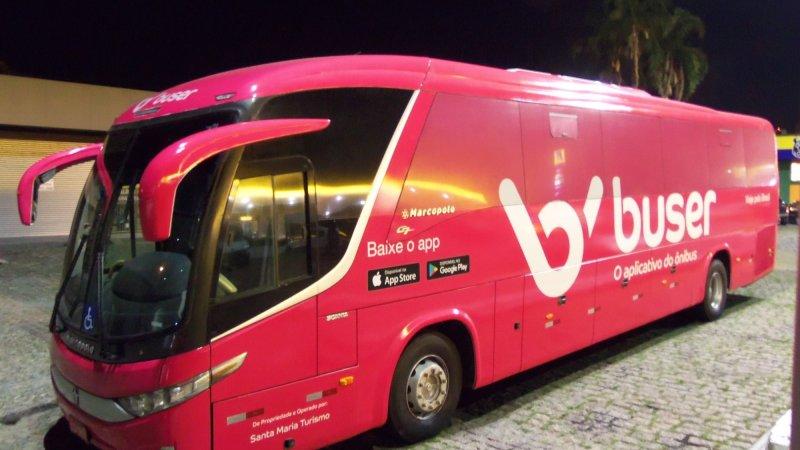 Disputa entre empresas tradicionais e Buser, o app de viagens por ônibus, chega ao TRF4; veja o que está em jogo