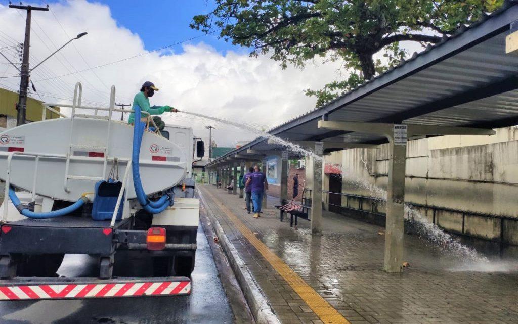 PB: João Pessoa realiza desinfecção de terminais de ônibus para retorno do transporte público