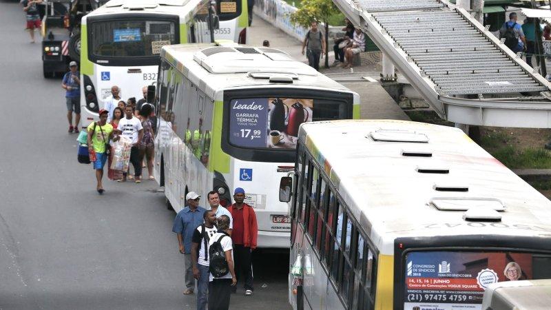Para evitar fuga de passageiro, transporte público pós-pandemia terá de rever modelo e lotação