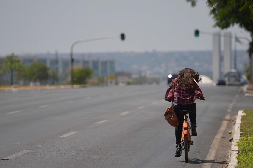 Alternativa para evitar o transporte público, adoção das bicicletas é impulsionada pela pandemia da Covid-19