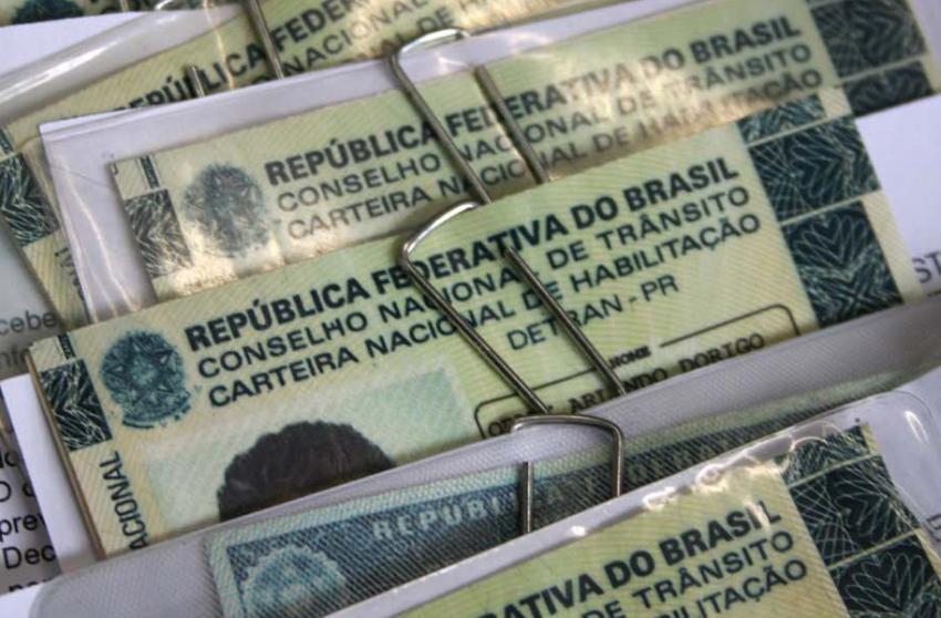 Nova lei de trânsito é aprovada no Congresso e vai para sanção de Bolsonaro