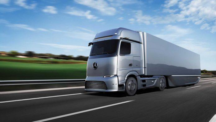 Mercedes-Benz apresenta linha de caminhões elétricos