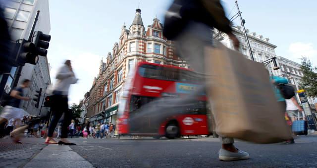 Engarrafamento em Londres segue após pedido de trabalho em casa
