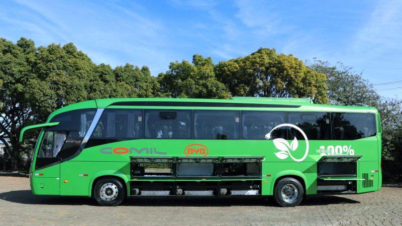 Comil produz primeira carroceria rodoviária com chassi 100% elétrico