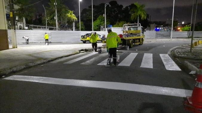 Natal: Trabalho de recuperação da sinalização viária avança na cidade