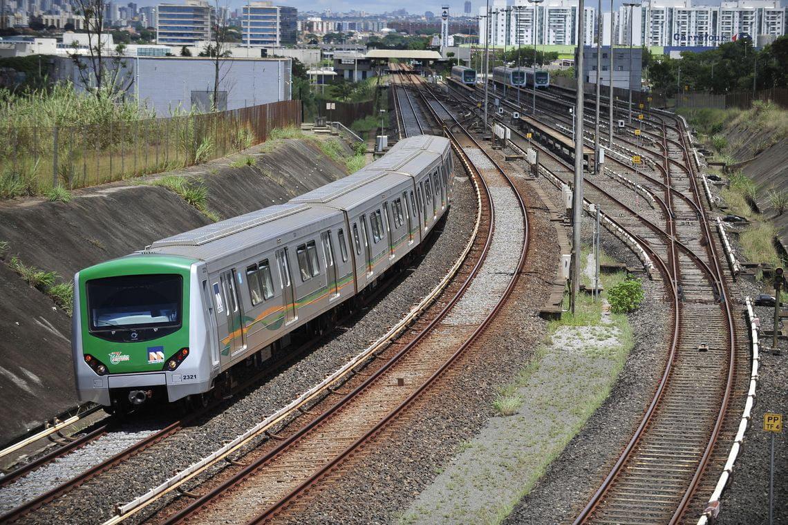 Senadores acertam votação de 'novo marco das ferrovias'