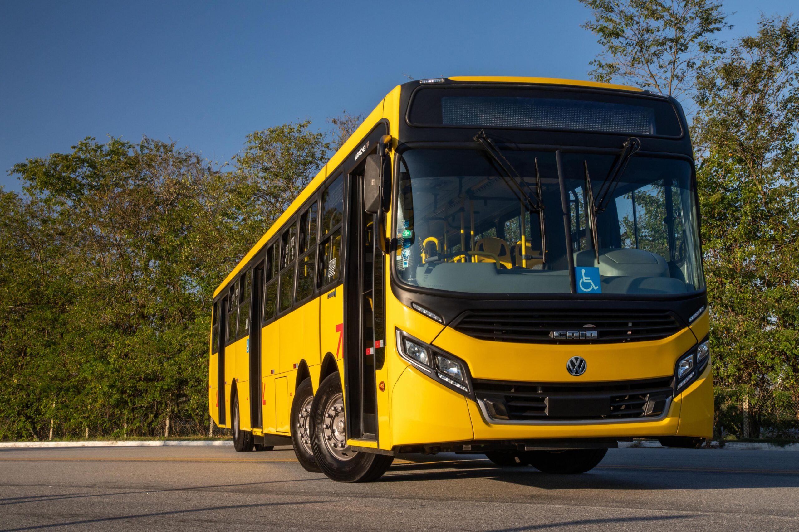 PR: Volksbus de 15 metros inicia testes nas ruas de Curitiba