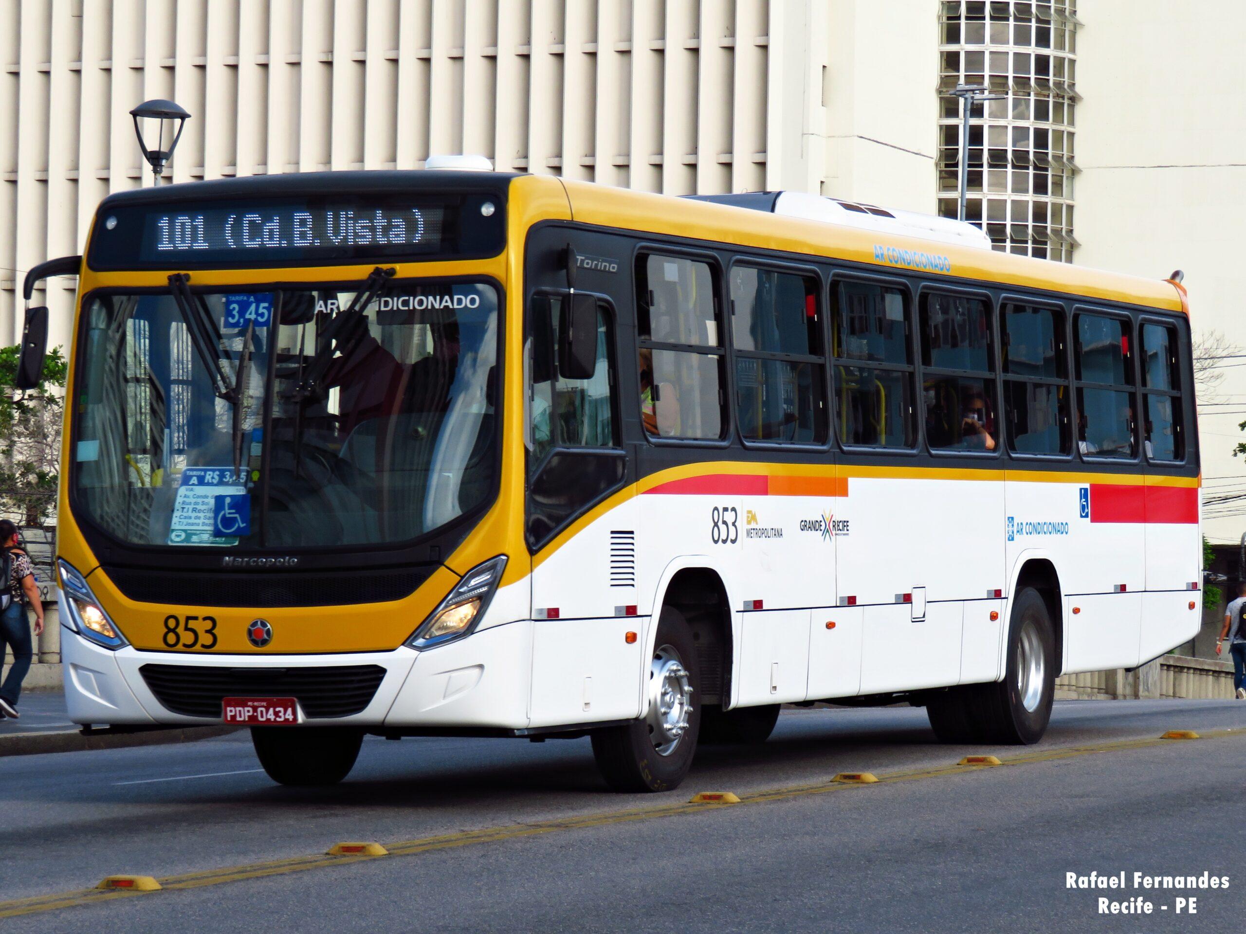 PE: Sindicato dos Rodoviários impede saída de ônibus sem cobrador e causa transtornos