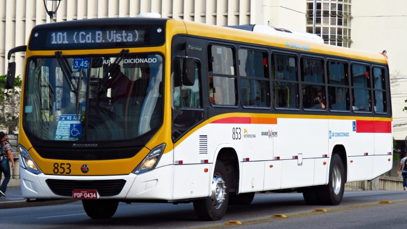 Horário Social vai beneciar 10% dos passageiros pagantes dos ônibus do Grande Recife