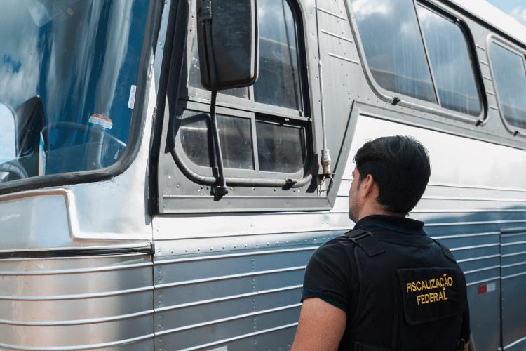 Transporte clandestino coloca em risco a vida de passageiros