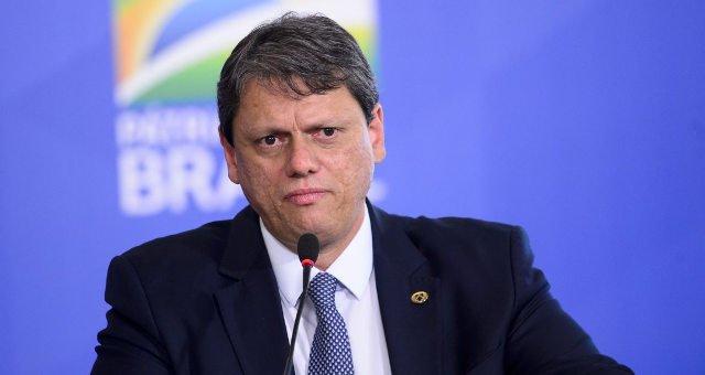 TCU impõe sequência de reveses a Tarcísio Freitas, ministro da Infraestrutura
