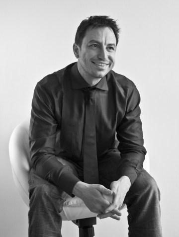 Alex Peverada - Art Director e graphic  designer