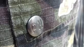 peaceful hooligan container shorts (woodland camo)
