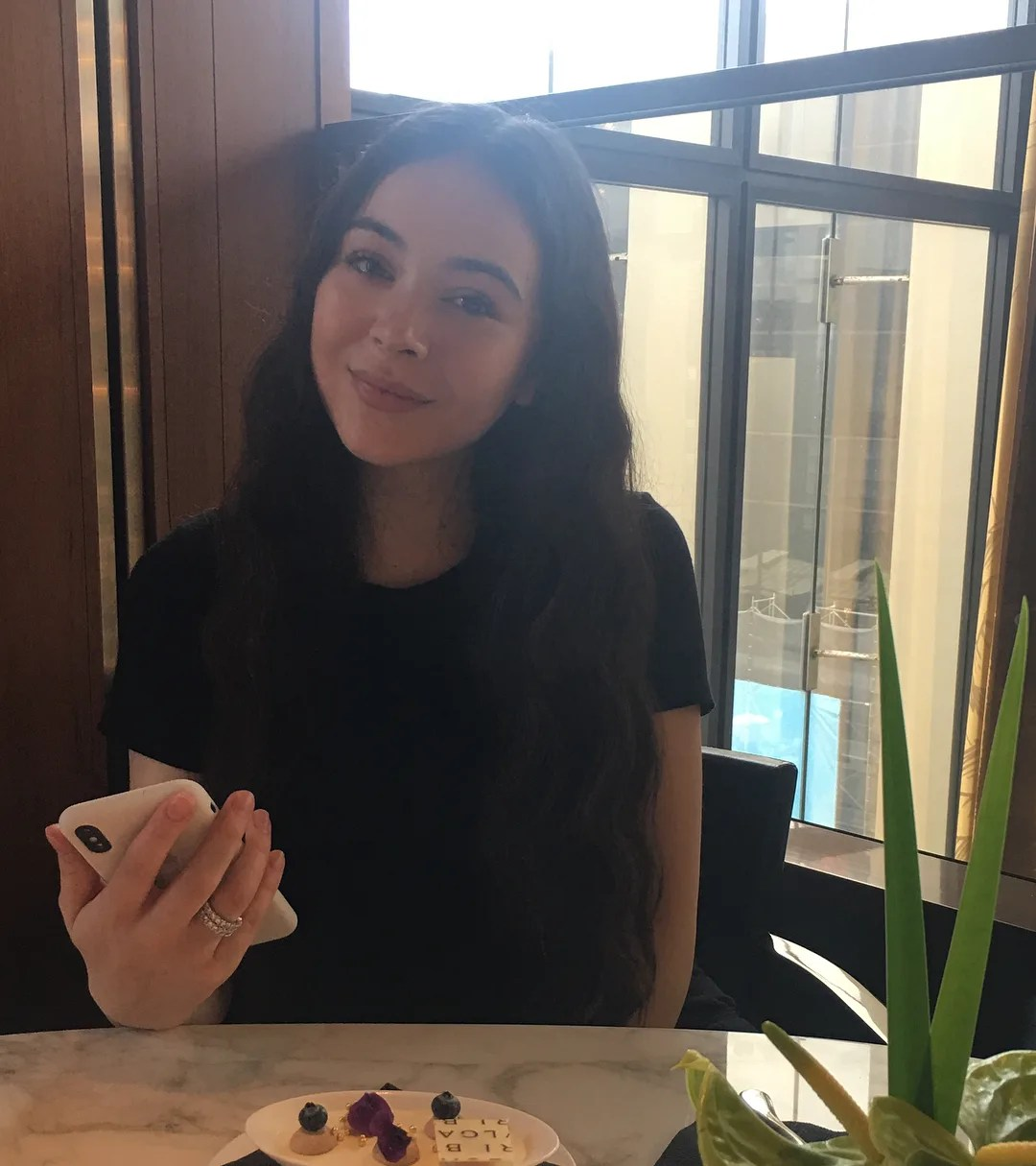 エレナアレジ後藤の画像