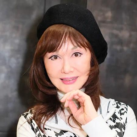 山本リンダの画像