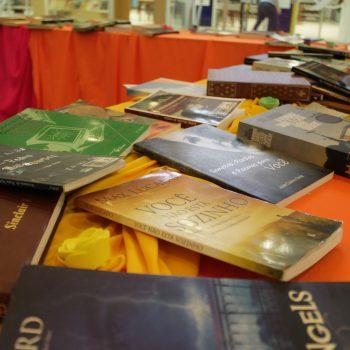 UNIFATEA promove 3ª feira de troca de livros