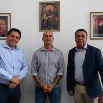 Secretário Municipal de Segurança de Lorena, Carlos Adriany Lescura, visita o Reitor do UNIFATEA nesta manhã