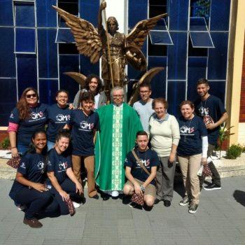 Alunos do UNIFATEA realizam semana missionária durante o feriado em Piquete.