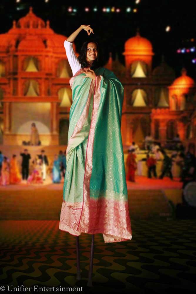 Bollywood Stilt Walker