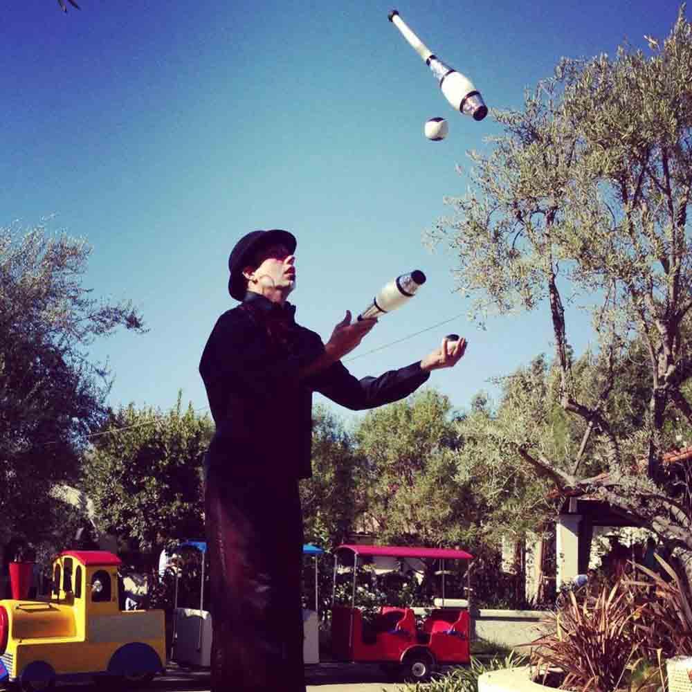 San Diego Juggler