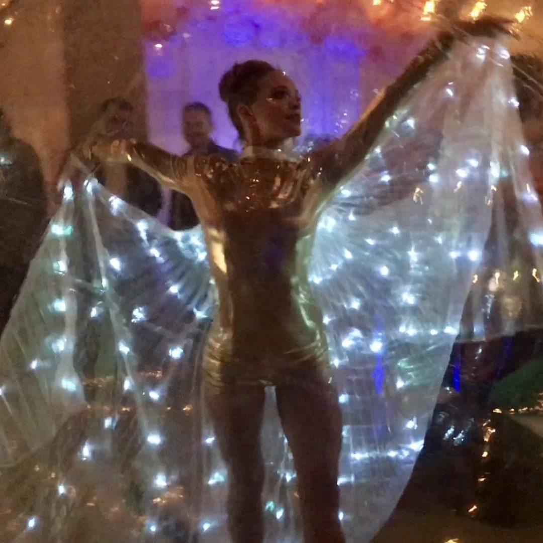 LED wings in Bubble Sphere