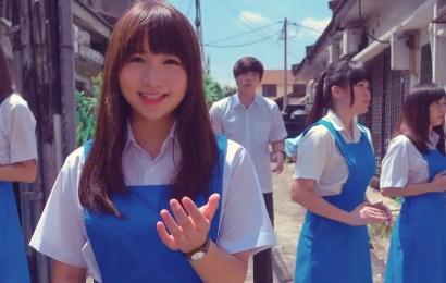馬來西亞制服女孩唱情歌組曲