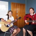 紐西蘭 — 豐盛灣(Bay of Plenty)各中學最好看的4款制服