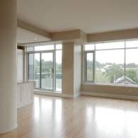 Uniform-Developments-MacKay-House-living-room