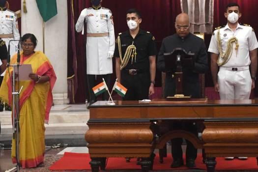 Pratima-Bhoumik-Uniform-Sarees-Blog-7