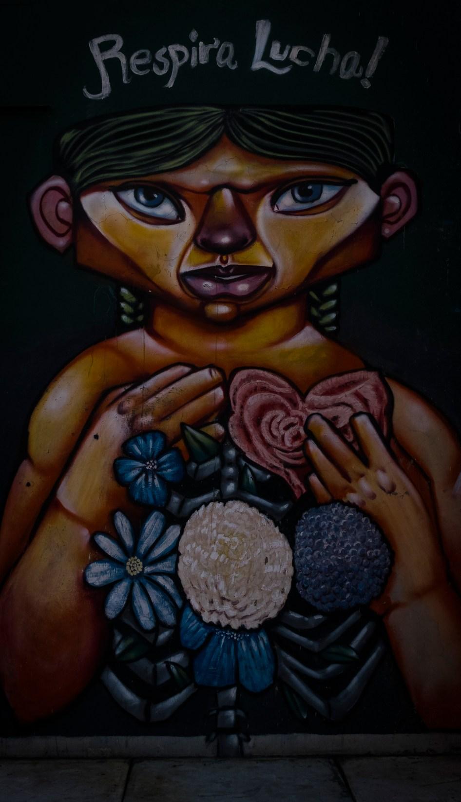 POSTURA DE MENTE FEMININA