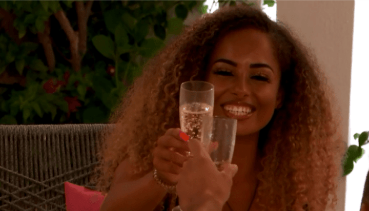 11) Amber Gill.png