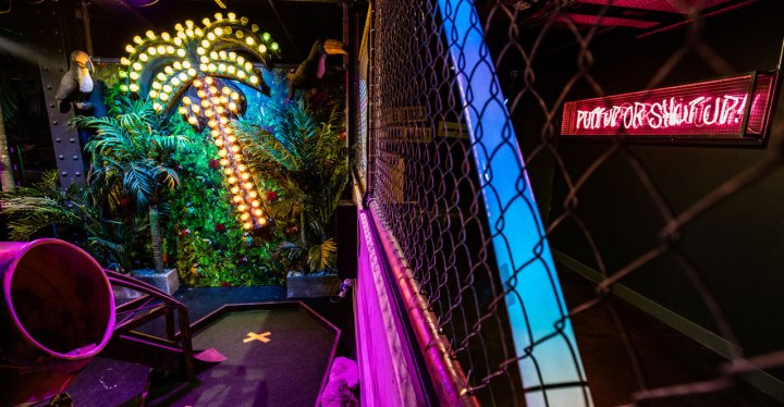 Cheap Date Nights Leeds Junkyard Golf