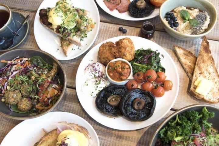 best places for breakfast in Brighton moksha cafe