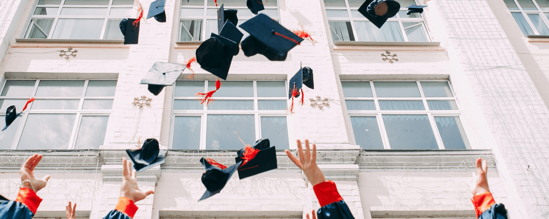 what to wear to a graduation uk
