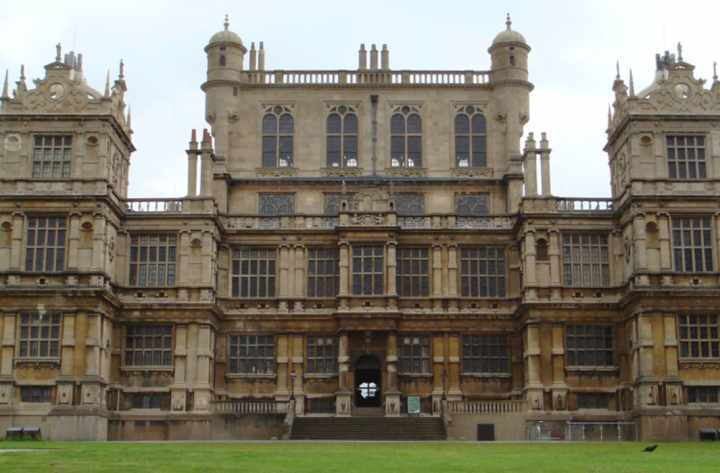 Wollaton Hall - 20 best things to do in Nottingham for students
