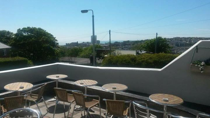 Setting sun brighton outdoor restaurant