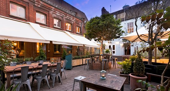 revolution brighton outdoor restaurant