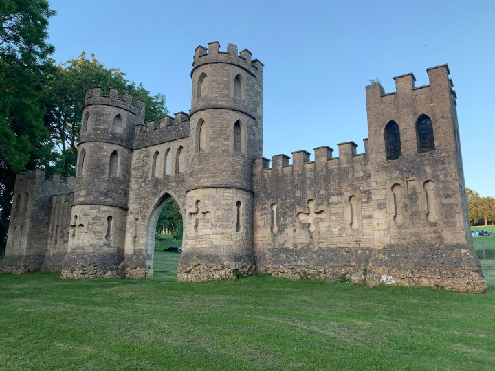 best things to do in Bath for students - Sham Castle
