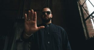 Nobody's Coming by Andy Mineo