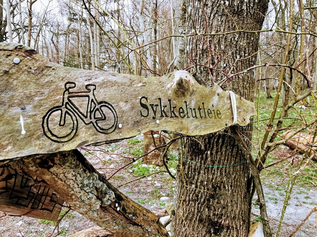 Sykkeutleie på Jomfruland, Telemark, Norway. Foto: Cecilie Moestue/unikesteder.no