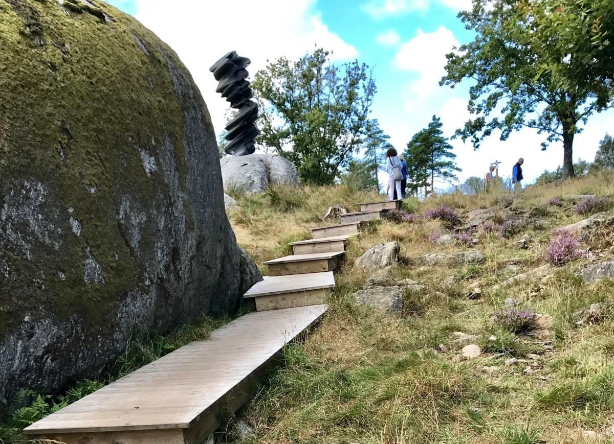 Trapp i Pilane skulpturpark på Tjörn, Bohuslän, Sverige