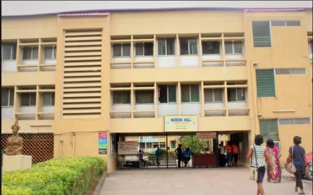 Insecurity: UNILAG bars 'heavily-tinted vehicles' from campus; shuns 'squatters' and 'floaters' in hostels