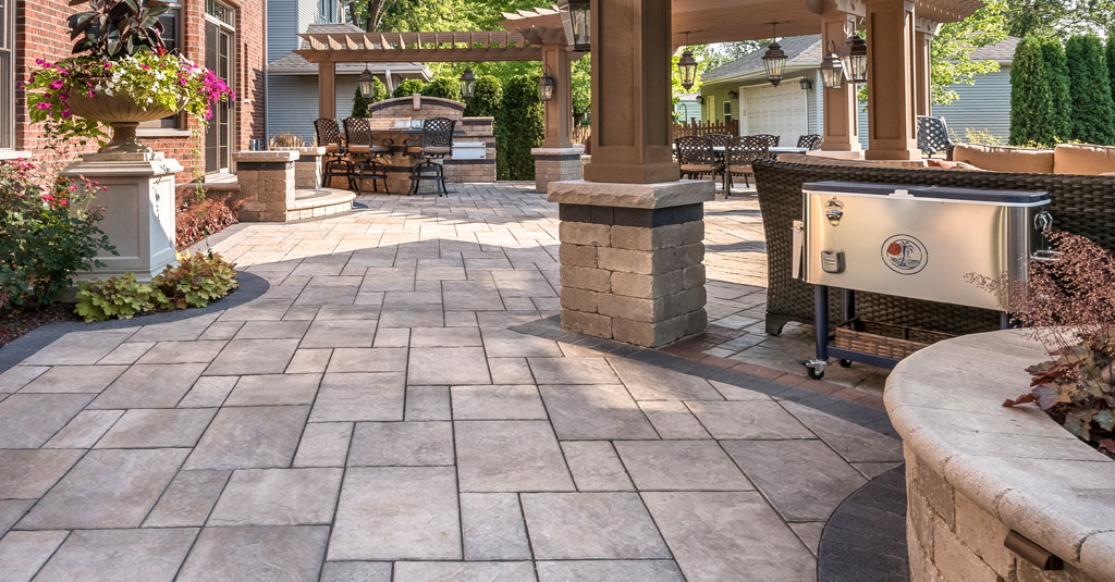 using traditional flagstone for patios