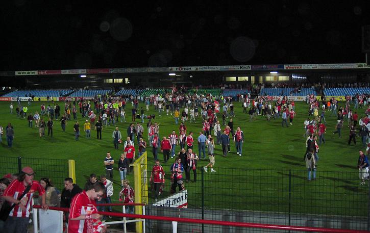 Fans celebrate promotion to Regionalliga
