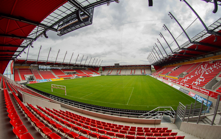 Modern Regensburg arena