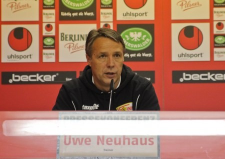 Uwe Neuhaus when he was still coaching Union
